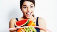 Yaz aylarında meyve sebzeyi çok tüketin