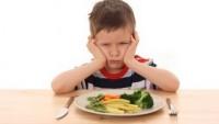 Travma yaşayan çocuğa nasıl yaklaşmalı
